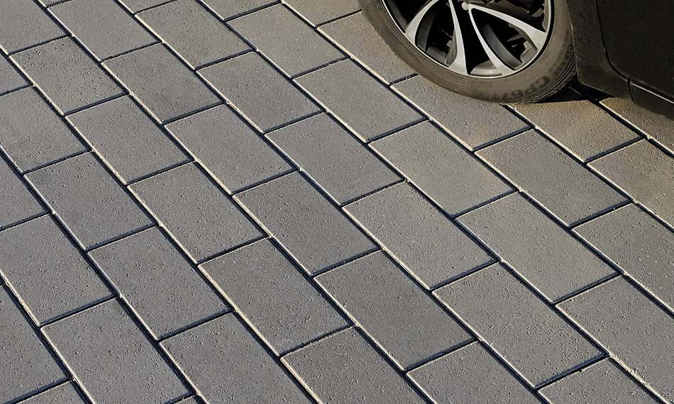 Image of a driveway featuring Adelaide 80 product
