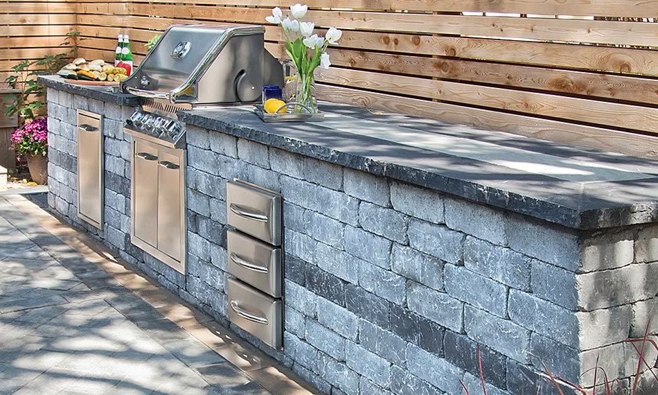 Image of an outdoor kitchen featuring Antico Stacker product