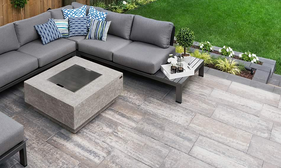 Image of a patio featuring Avari product