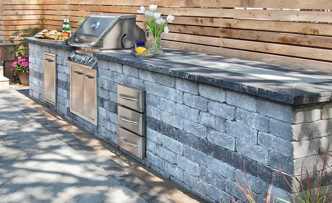 Image of an outdoor kitchen featuring Antico Stacker (Grey Mix) product