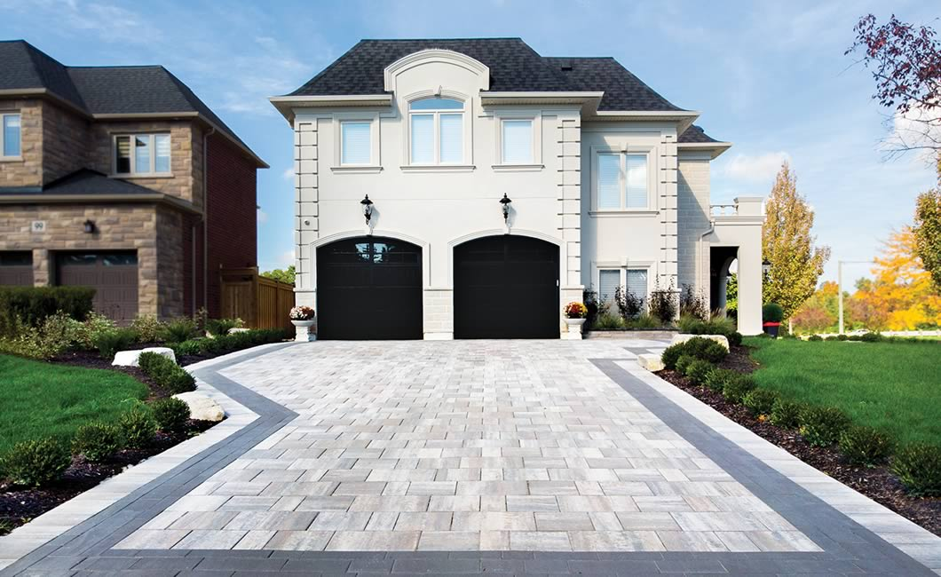 Image of a stone driveway featuring Trevista 80 Smooth (Glacier Creek) product