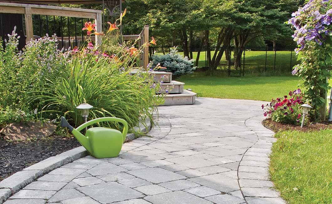 Image of a walkway featuring Strada Antico (Grey Mix) product